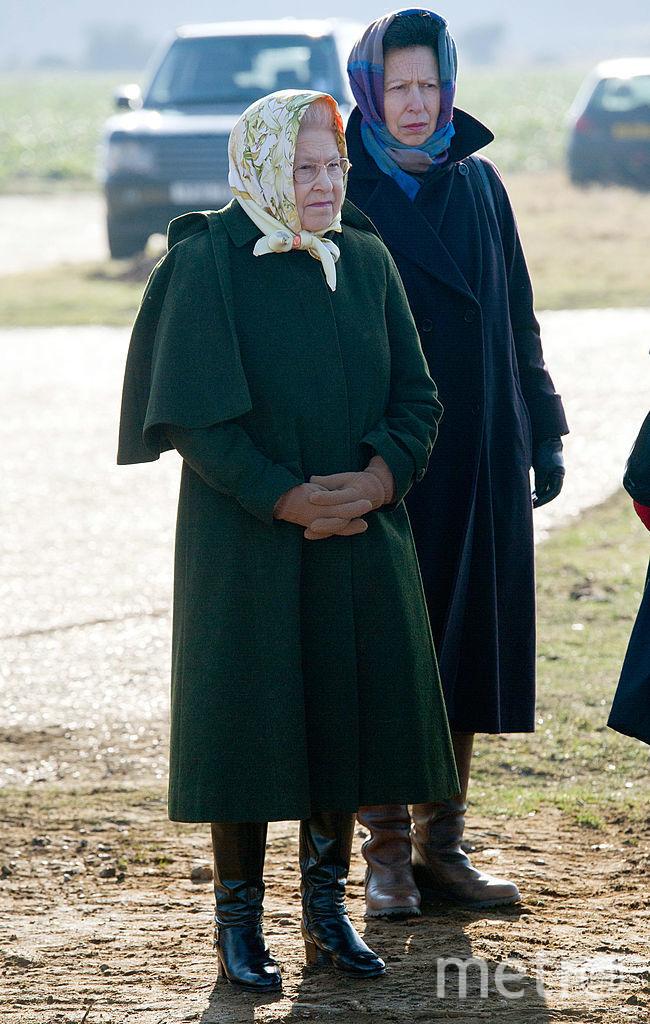 2012-й год - с мамой Елизаветой II. Фото Getty