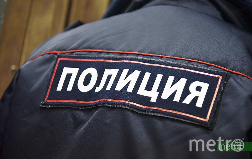 """В Петербурге мужчина пожаловался на капающую кровь с потолка. Фото """"Metro"""""""