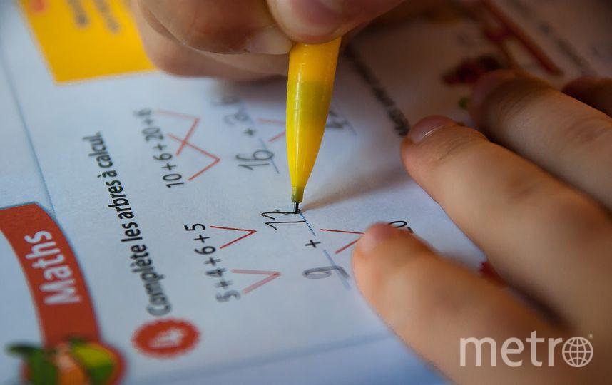 Авторы рекомендаций, ссылаясь на данные  исследований, утверждают, что использование гаджетов ведёт к снижению успеваемости школьников. Фото https://pixabay.com/