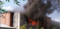 200 человек эвакуировали из-за серьёзного пожара на Складской в Петербурге