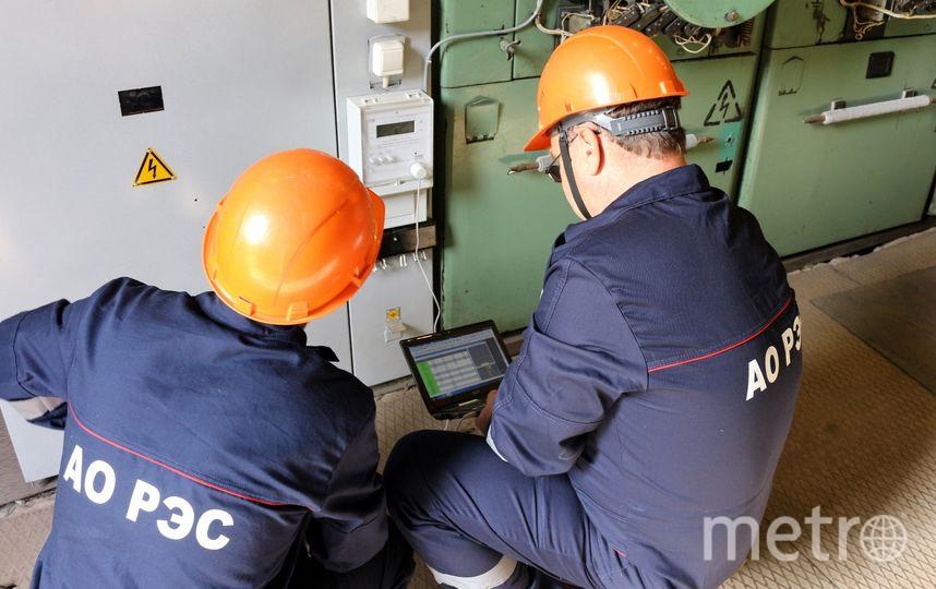 """Установка «умных» счетчиков на энергообъектах позволит контролировать параметры качества электроснабжения потребителей. Фото АО """"РЭС"""""""