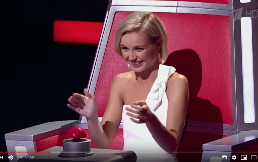 "Полина Гагарина. Фото скриншот с официального канала шоу ""Голос"" на YouTube"