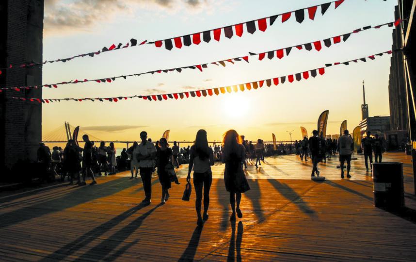 Вся программа фестиваля – на официальном сайте. Фото piterlovefest.ru
