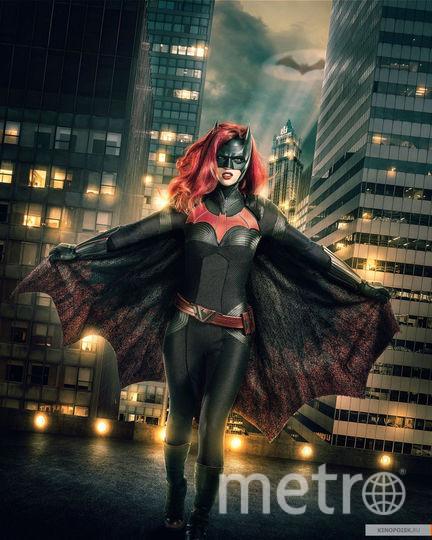 """Промо-постер к сериалу """"Бэтвумен"""". Фото CW, kinopoisk.ru"""