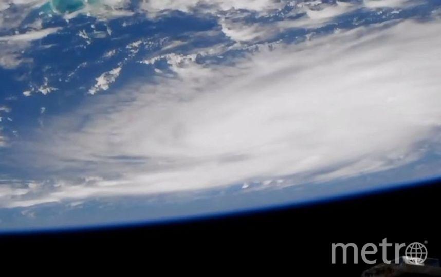 "Камера на МКС запечатлела ураган Дориан 29 августа 2019 года, когда он проходил над Атлантическим океаном. Фото НАСА, ""Metro"""