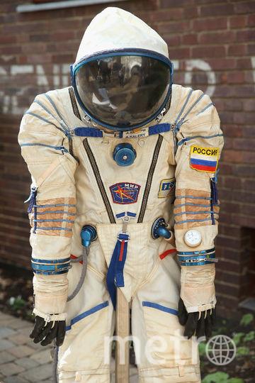 Традиция космонавтов помочиться перед стартом на колесо автобуса может прерваться. Фото Getty
