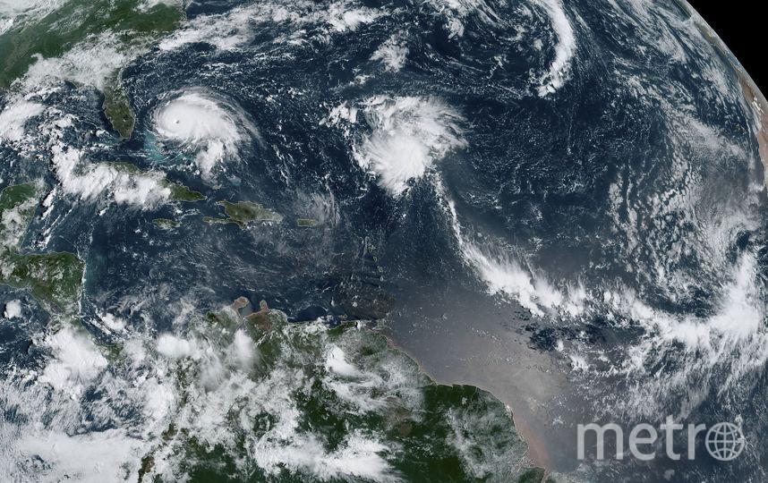 В настоящее время шторм движется к Багамским островам. Фото AFP