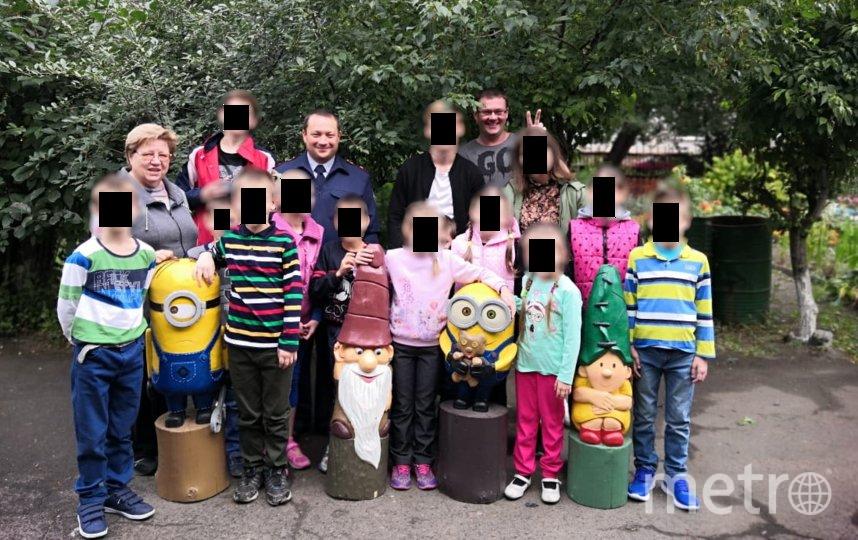 Дети и подарки. Фото предоставила пресс-служба УФСИН России по Омской области
