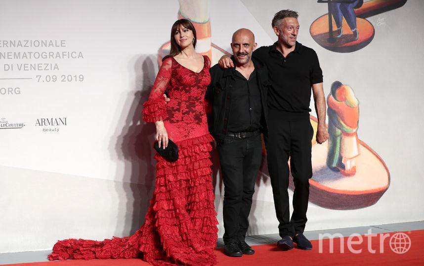 """На премьере фильма """"Необратимость"""" в Венеции. Моника Беллуччи, Гаспар Ноэ и Венсан Кассель. Фото Getty"""