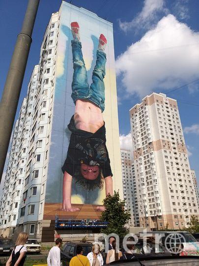 Аргентинский художник @ronmuralist изобразил на одном из зданий своего сына. Фото предоставила Елена Валякина