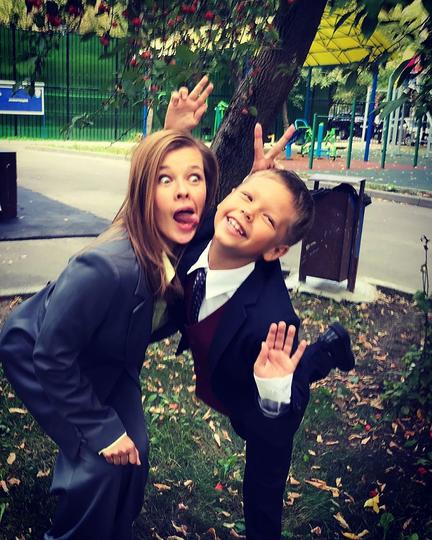 Екатерина Шпица с сыном. Фото Скриншот Instagram @katerinashpitsa
