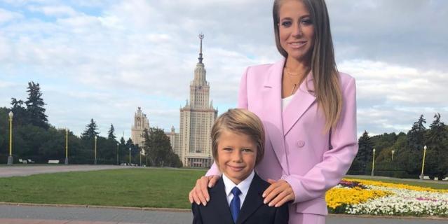 Юлия Барановская с сыном.