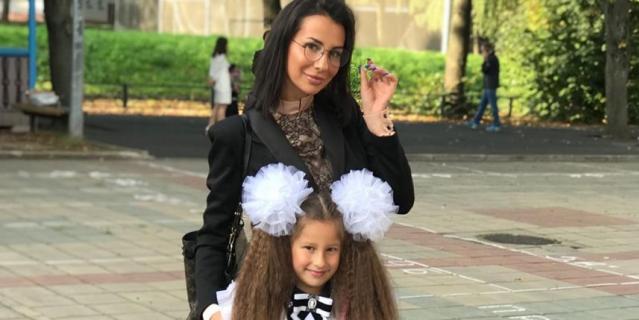 Анна Грачевская с дочерью.