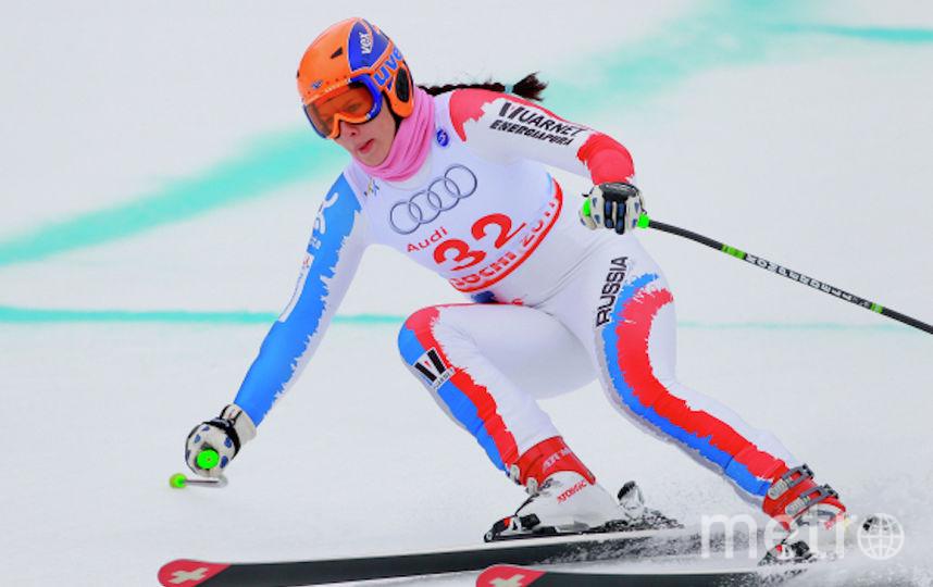 Мария Комиссарова на соревнованиях по скоростному спуску на этапе Кубка Европы по горнолыжному спорту среди женщин. Фото РИА Новости
