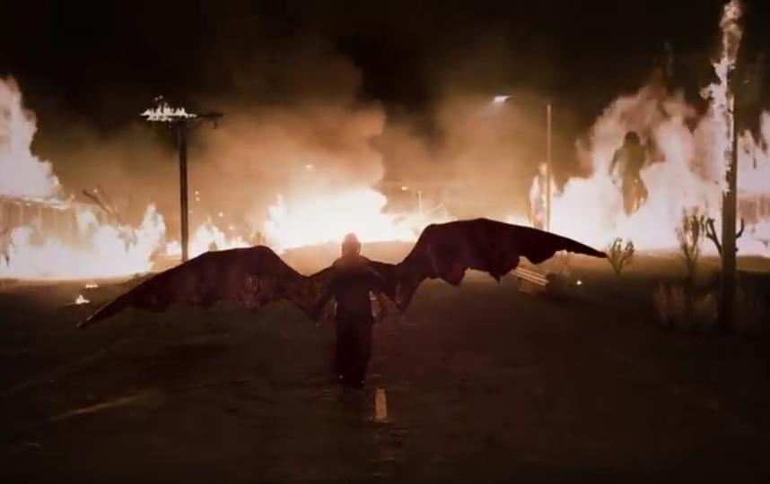 "Кадр из клипа на песню ""All The Good Girls Go To Hell"". Фото скриншот: youtube.com/watch?v=-PZsSWwc9xA"