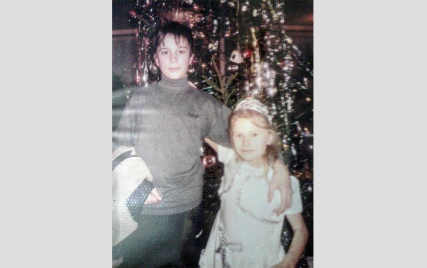 Юля с братом Женей. Фото Скриншот Instagram/iuliia_gorina