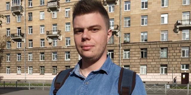 Виктор, 24 года, юрист.