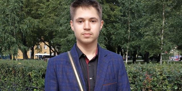 Марк, 18 лет, студент.