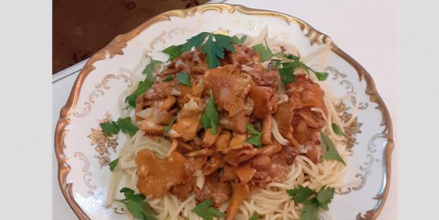 Спагетти с лисичками (в домашних условиях).