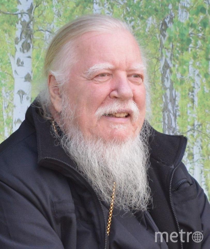 Отец Димитрий Смирнов, протоиерей. Фото Facebook batushkaonline