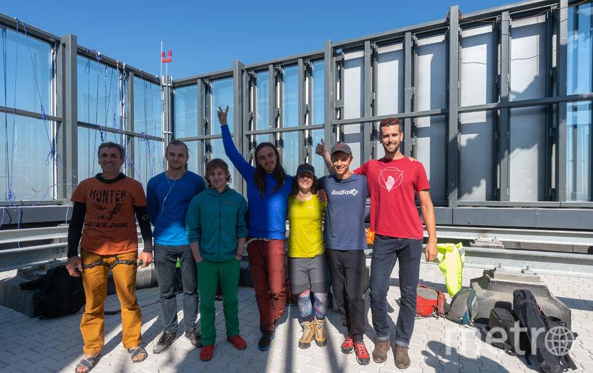 Все семь хайланеров-рекордсменов. Фото Предоставлено организаторами