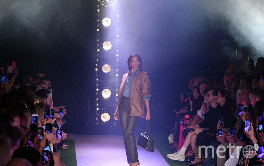 Ирина Шейк на шоу Брэндона Максвелла. Фото Getty