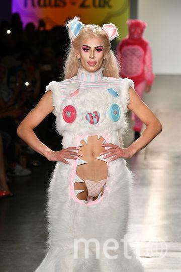 Показ Global Fashion Collective. Фото Getty