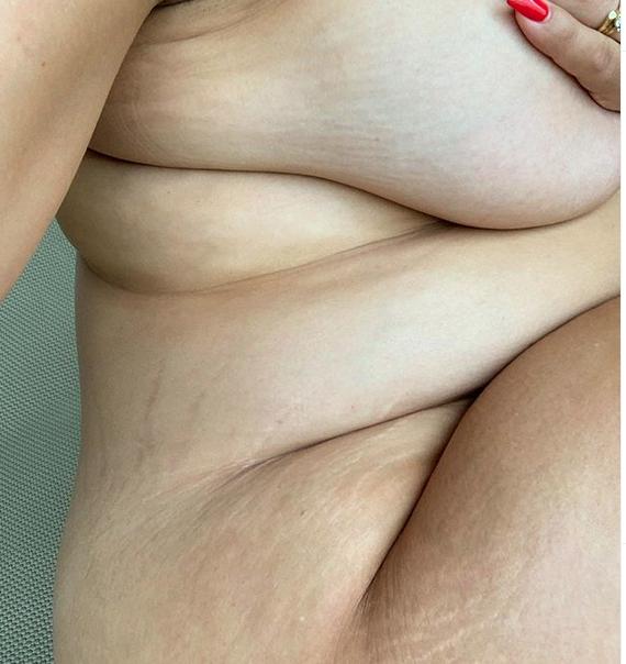 """Ученые выяснили, как влияет на здоровье килограмм жира на животе. Фото скриншот https://www.instagram.com/ashleygraham/, """"Metro"""""""