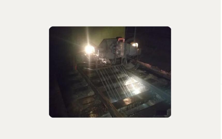 Техника для уборки тоннелей. Фото пресс-служба Петербургского метрополитена