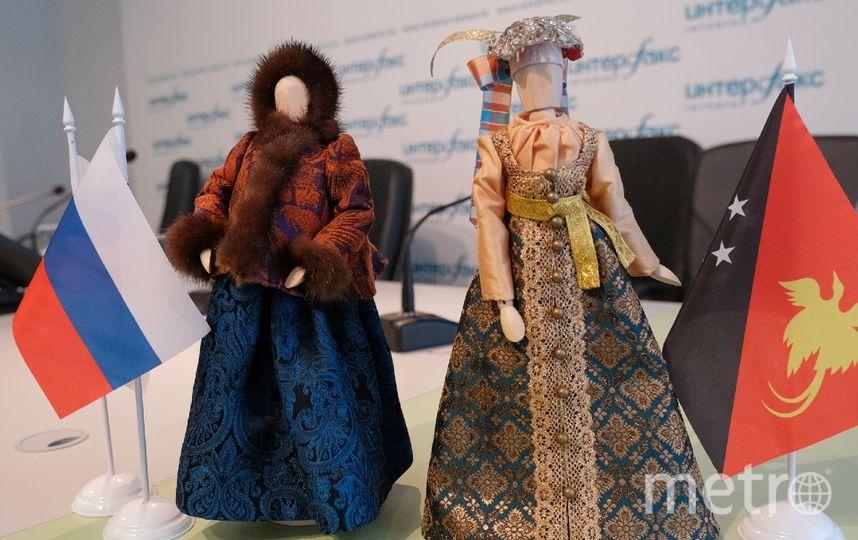 """Российские дизайнеры перед Неделей высокой моды тренируются на куклах. Фото Алена Бобрович, """"Metro"""""""