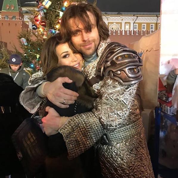 Анастасия Заворотнюк и Пётр Чернышёв. Фото скриншот instagram.com/a_zavorotnyuk/?hl=ru