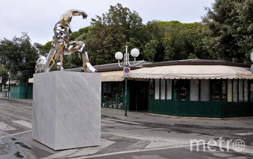 В Италии появился памятник Железному человеку.