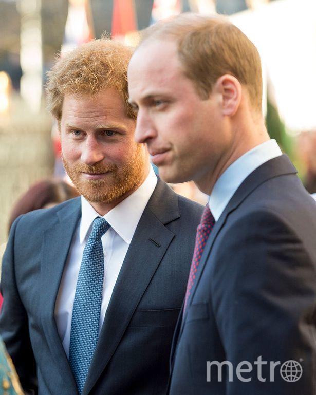 "Принц Уильям и принц Гарри. Фото https://www.instagram.com/p/B2bEgz2FVHY/, ""Metro"""