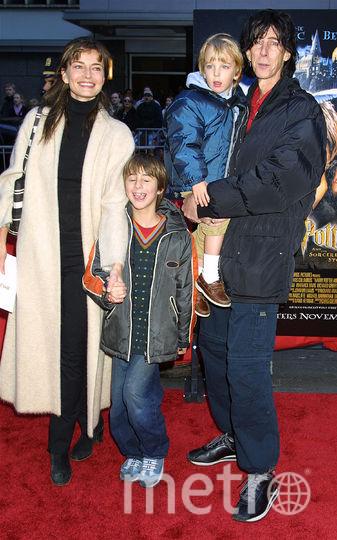 Рик Окасек, с женой и детьми, архивное фото 2001 года. Фото Getty