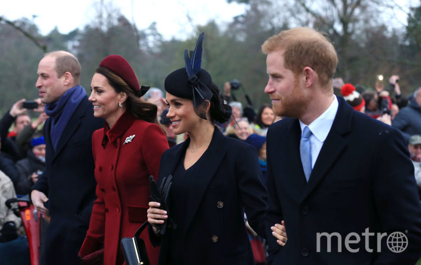 Принц Уильям и принц Гарри с женами. Фото архив, Getty