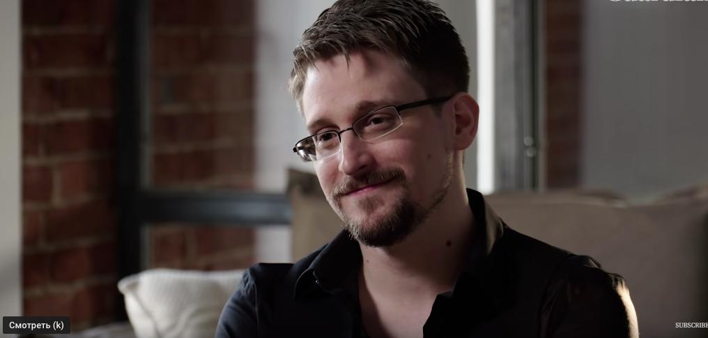 Интервью со Сноуденом записывали в арендованной квартире на Цветном бульваре (на фото слева). Фото скриншот youtube The guardian , Скриншот Youtube
