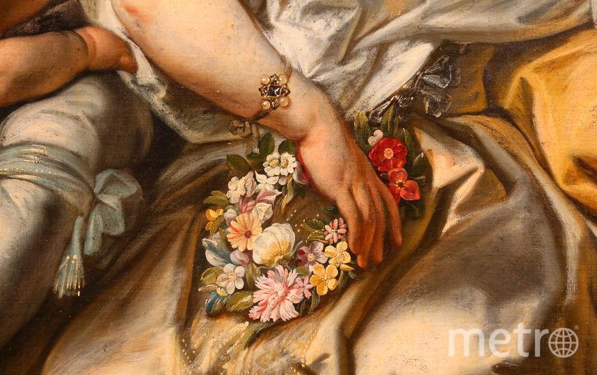 Цветочные венки в руках женщин обозначают чистоту и целомудрие. Фото Василий Кузьмичёнок