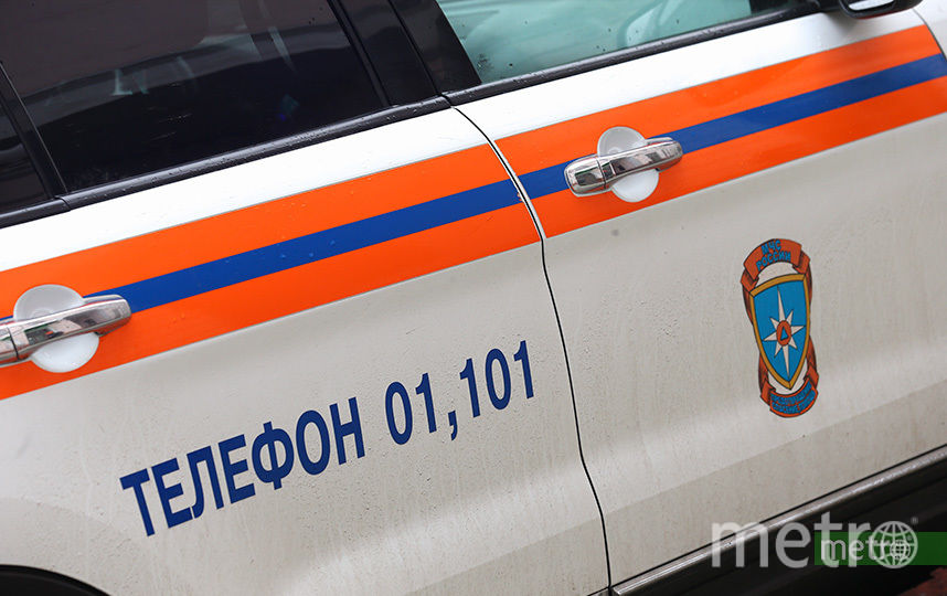 Спасатели вытащили из Москвы-реки двух пьяных мужчин. Фото Василий Кузьмичёнок