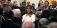 Мелания Трамп в нежном образе встречала в Белом доме бейсболиста
