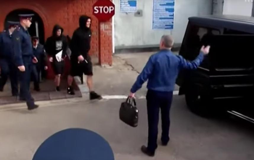 Кокорин и Мамаев во вторник вышли на свободу. Фото скриншот youtube.com/watch?v=ZVxV3JC58-k