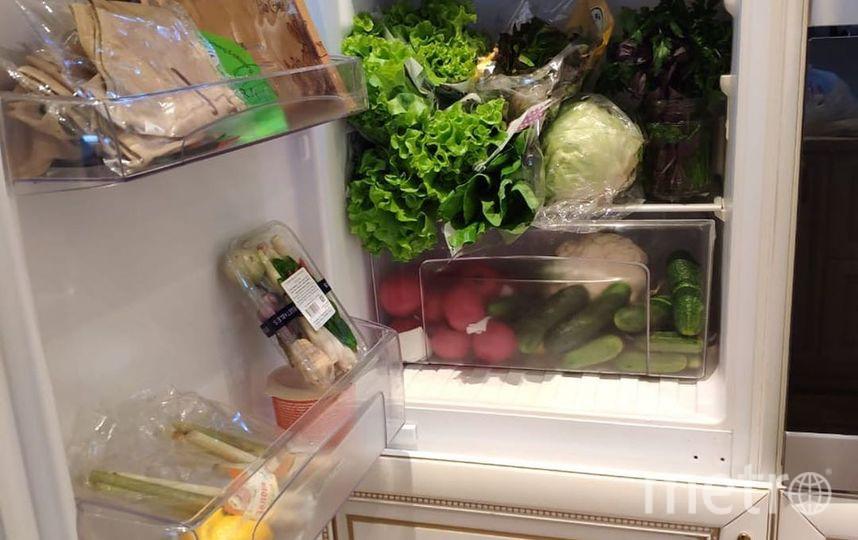 """Фото Волочковой. Это холодильник балерины. Фото https://www.instagram.com/p/B2hJksioY-T/, """"Metro"""""""