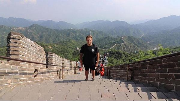 Китай, Великая Китайская стена. Фото скриншот: instagram.com/simonjwils/