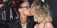 71-летний Стивен Тайлер поддержал дочь Лив на премьере фильма в Лос-Анджелесе