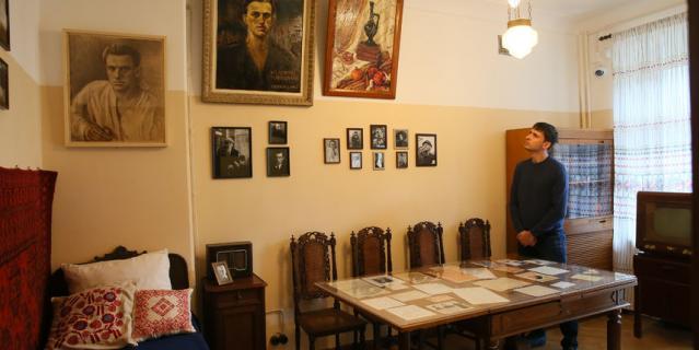 Мемориальная квартира Маяковских.