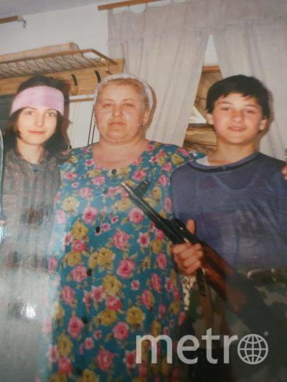 """Ислам (слева), Раиса и Магомед Ташухаджиевы. Фото предоставил Ислам Ташухаджиев, """"Metro"""""""