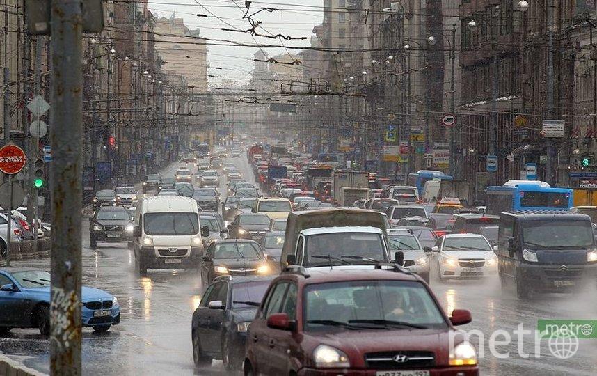 Движение транспорта будет перекрыто и ограничено в некоторых районах столицы в период с 20 по 24 сентября с 17.00 до 23.00. Фото Василий Кузьмичёнок