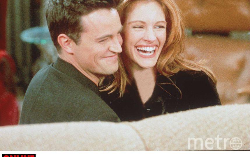 "Мэттью Перри и Джулия Робертс на съёмочной площадке ""Друзей"". Фото Getty"