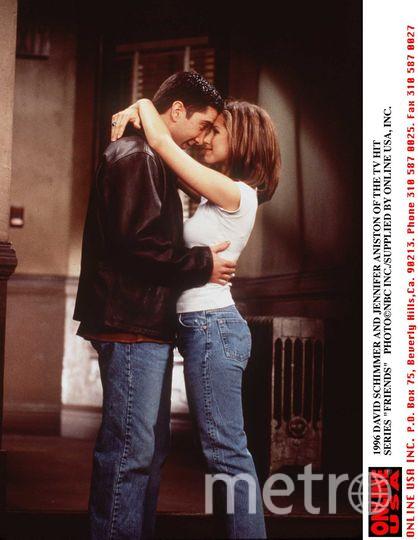 Дэвид Швиммер и Дженнифер Энистон, 1996 год. Фото Getty