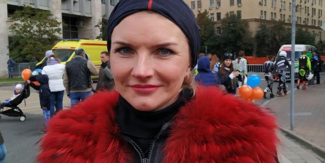 Анна Иванова.