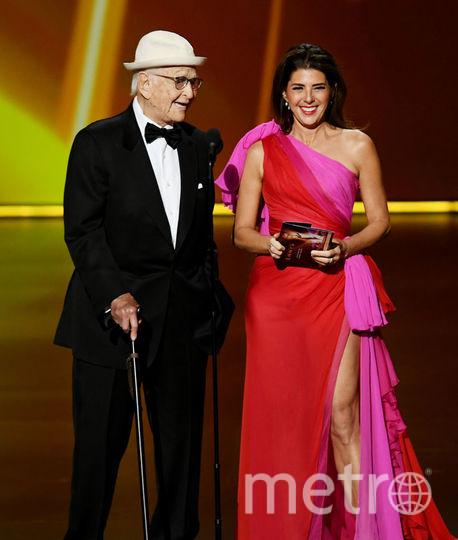 71st Emmy Awards. Шоу. Мариса Томей. Фото Getty